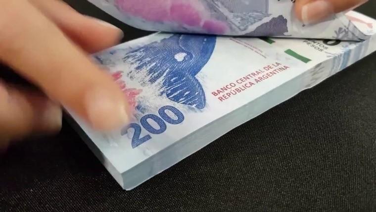 Se investiga la pérdida de papel para hacer billetes de $200