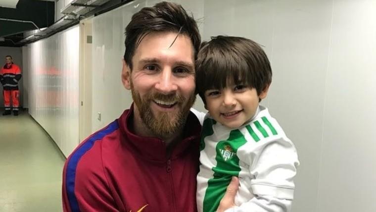 La emotiva foto de Messi con el hijo de Andrés Guardado