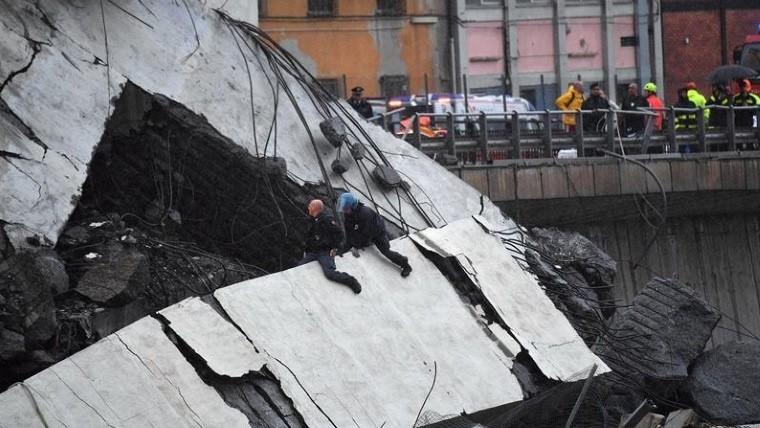 Decenas de muertos al derrumbarse un puente de una autopista en Génova