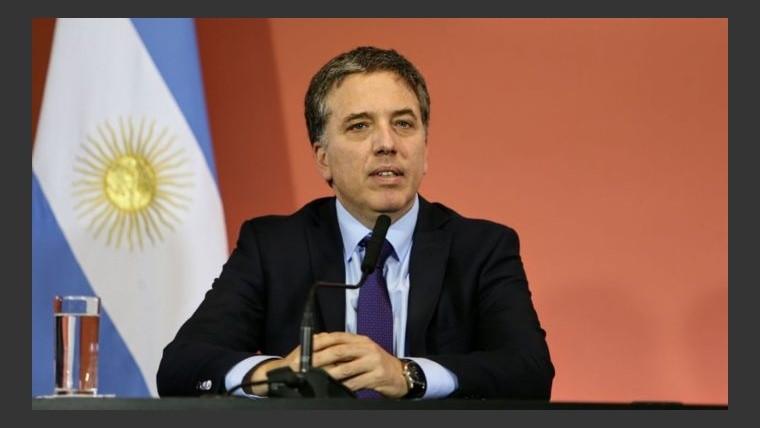 Dujovne le solicitó U$S 3.000 millones al FMI