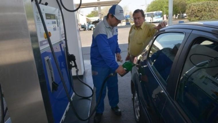 Los combustibles subirán desde la semana próxima.