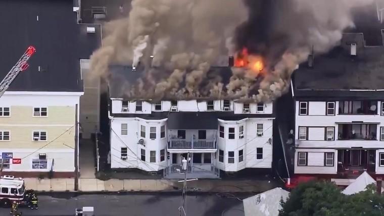 [VIDEO] Ordenan evacuación en vecindarios de Massachusetts tras una serie de explosiones