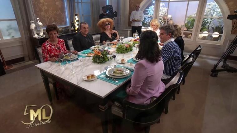 Durísimo cruce en la mesa de Mirtha Legrand — Femenina o feminista