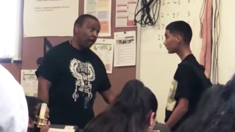 Maestro y alumno protagonizan pelea en salón de clases