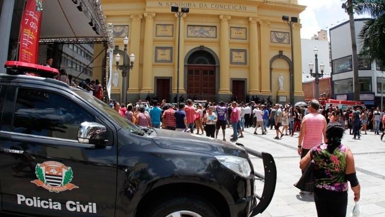 Un hombre mató a cuatro personas en una catedral en Brasil
