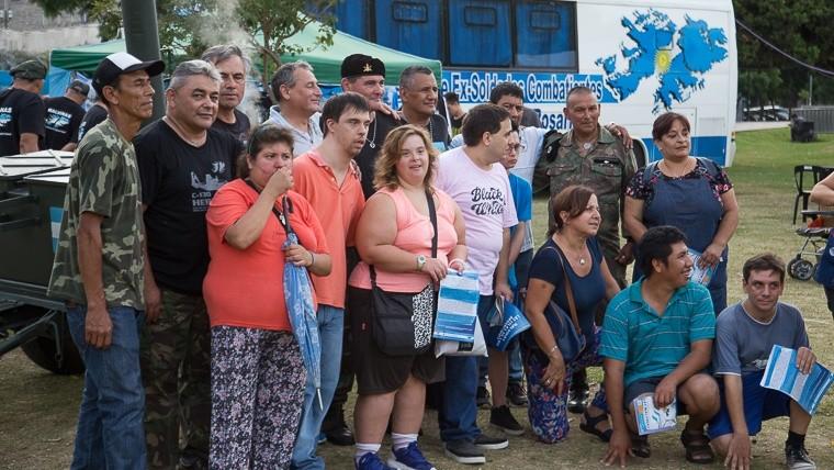 Vigilia 2 de abril en Rosario Vigiliamalvinas201910.jpg_1572130063