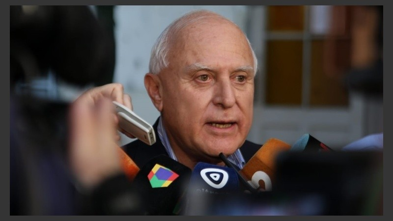 """Lifschitz reclamó al gobierno nacional """"humildad y prudencia""""."""