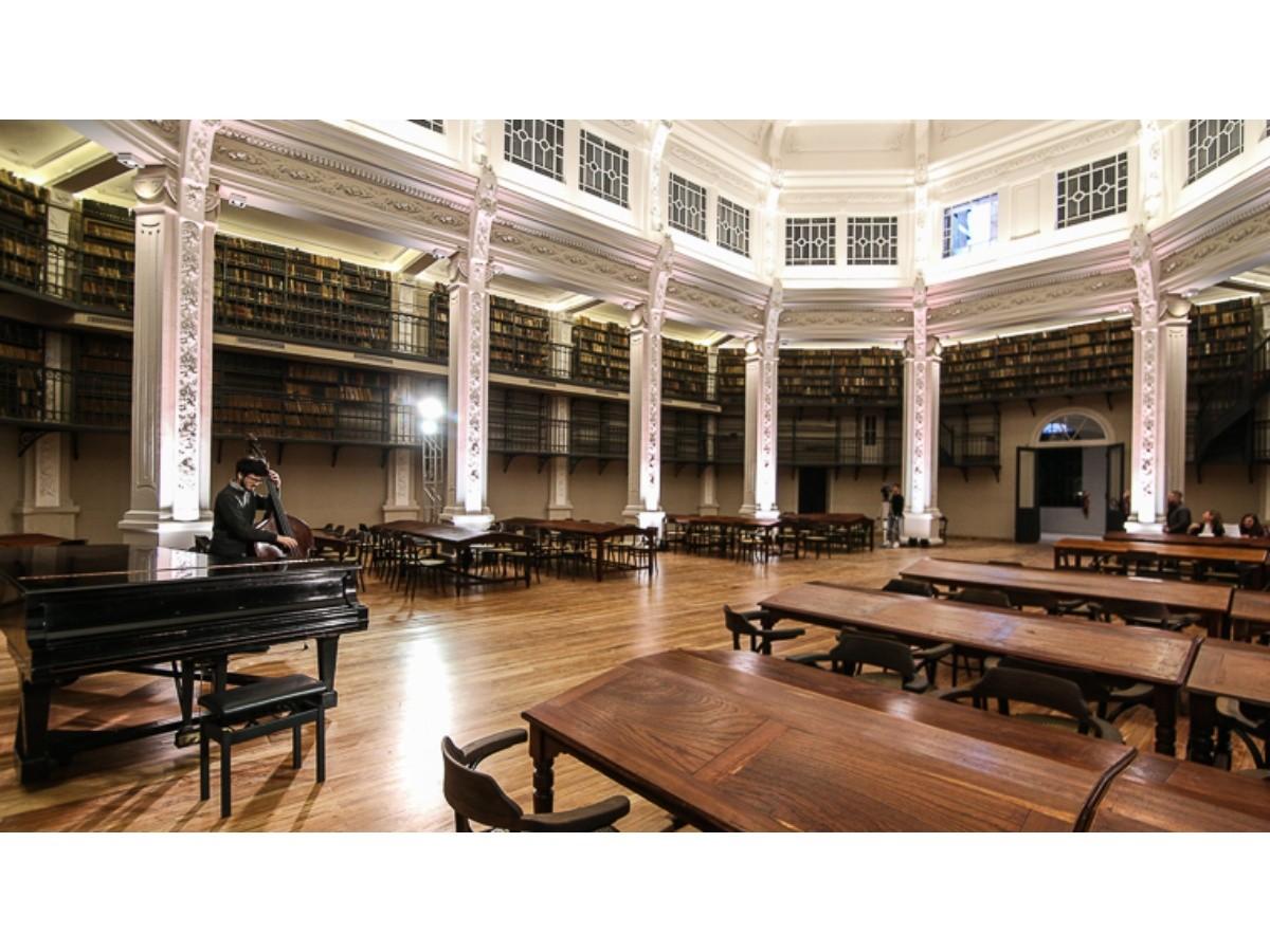 Reluciente: así se ve la renovada Biblioteca Argentina