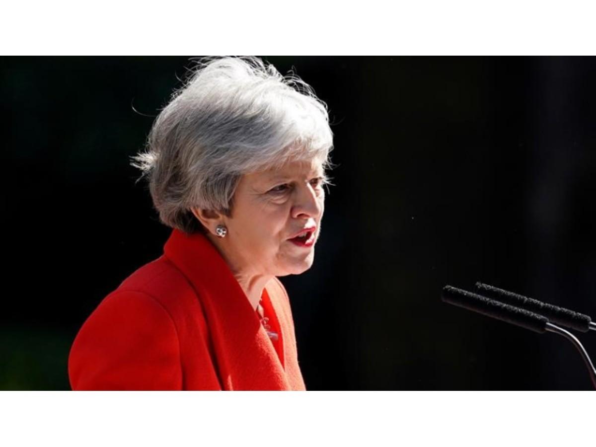 Theresa May renunció en medio de la crisis política por el Brexit