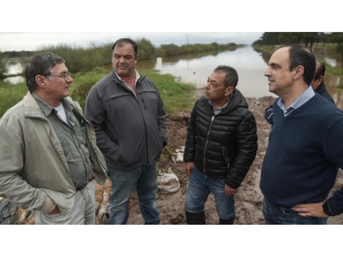 """Corral: """"Tenemos un plan hídrico que evitará inundaciones en el norte provincial"""""""