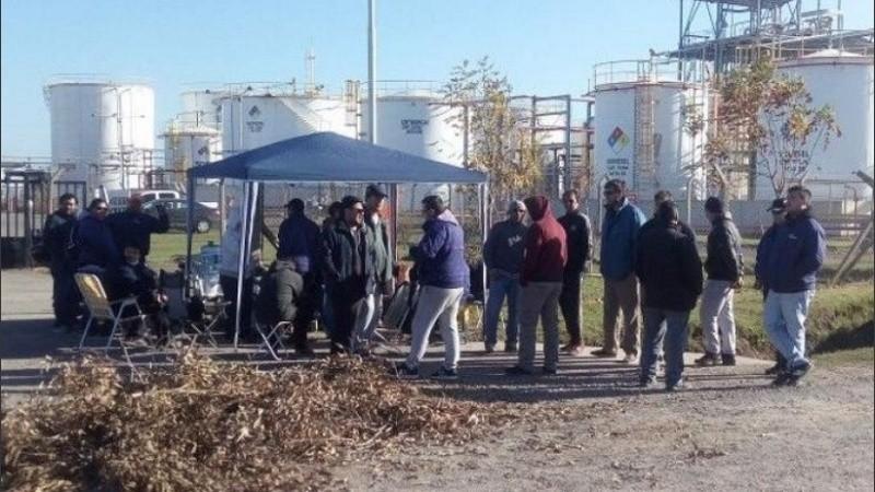 La protesta de los despedidos en Bio Ramallo.