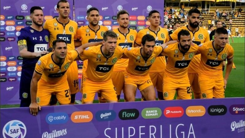 Los once canallas que salieron a la cancha ante Vélez.