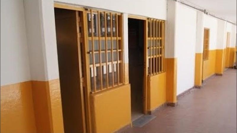 En las escuelas de Santa Fe realizarán tareas de pintura y remodelación.