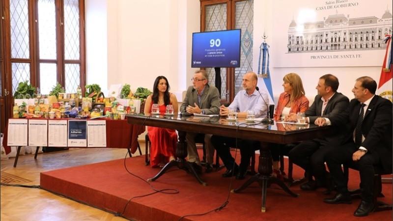 El gobierno provincial lanzó los 90 artículos de Precios Santafesinos.