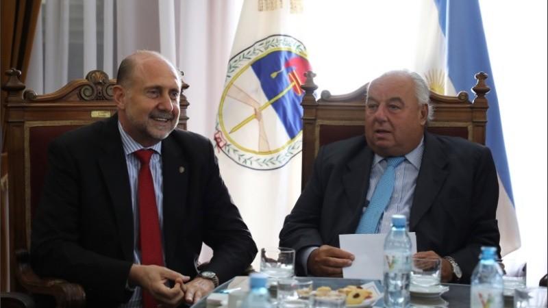 El gobernador se reunió con el titular de la Corte provincial.
