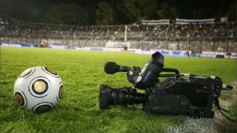 ¿Vuelve el Fútbol Para Todos? La TV Pública pide tres partidos en el nuevo esquema.