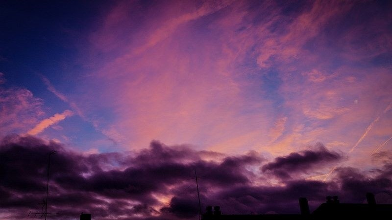 Los ruidos que se escucharon venían del cielo.
