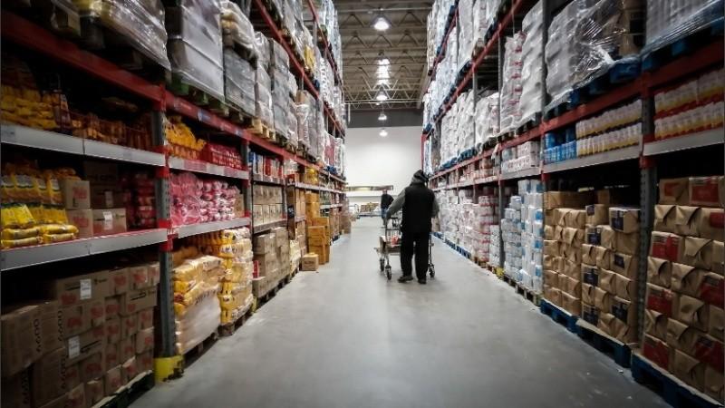 El economista Orlando Ferreres calculó una inflación anual para el 2020 del 60 por ciento y una caída de la economía entre el 6 y el 8 por ciento.
