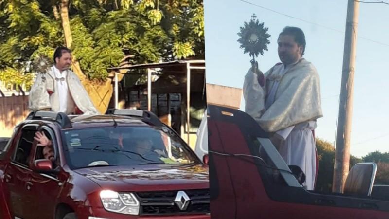 El padre Darío dando su misa sobre ruedas.
