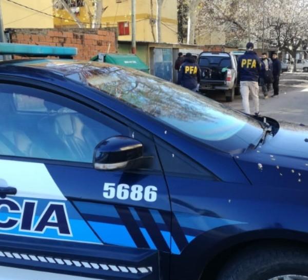 Los operativos son realizados por la delegación Rosario de la Policía Federal.