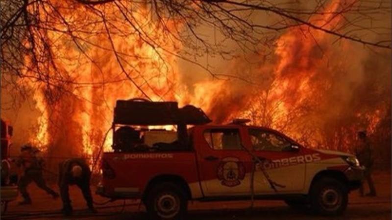 Las llamas avanzaban en las sierras de Córdoba.
