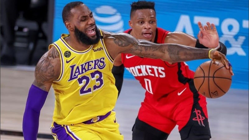 LeBron James ante Russell Westbrook. Los Lakers avanzan.