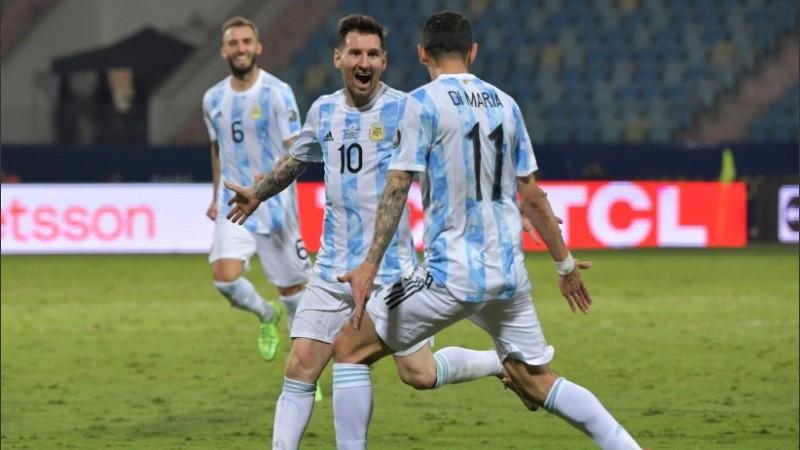 Argentina se juega el pase a la final ante Colombia: ¿a qué hora y dónde verlo en vivo o escucharlo?