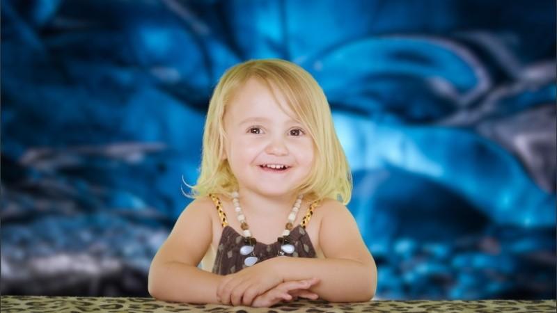 Una niña de tres años es furor en redes por sus explicaciones sobre Bitcoin  y otras criptomonedas | Rosario3