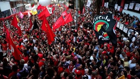 Al menos ocho heridos por choques entre manifestantes y Policía en Brasil